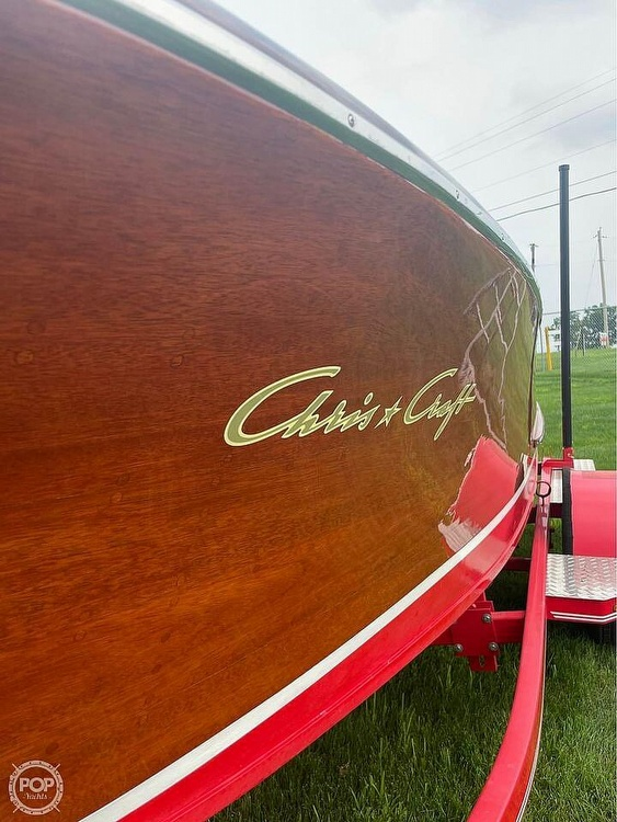 1948 Chris Craft boat for sale, model of the boat is Deluxe Runabout & Image # 30 of 40
