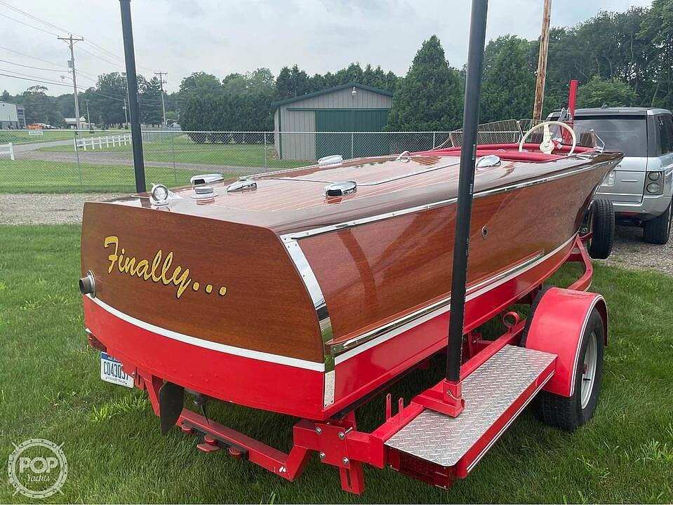 1948 Chris Craft boat for sale, model of the boat is Deluxe Runabout & Image # 31 of 40