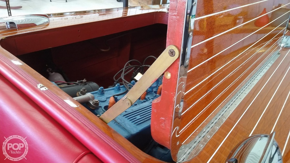 1948 Chris Craft boat for sale, model of the boat is Deluxe Runabout & Image # 10 of 40