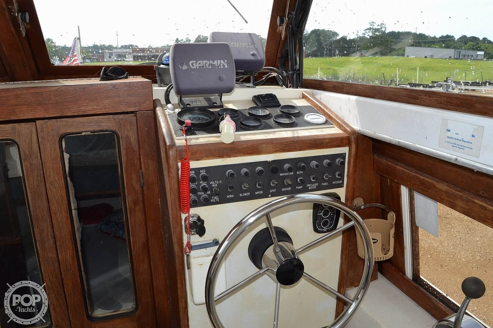 1978 Carver boat for sale, model of the boat is 2546 & Image # 35 of 40