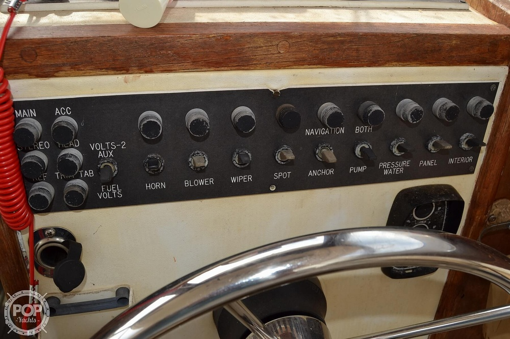 1978 Carver boat for sale, model of the boat is 2546 & Image # 15 of 40
