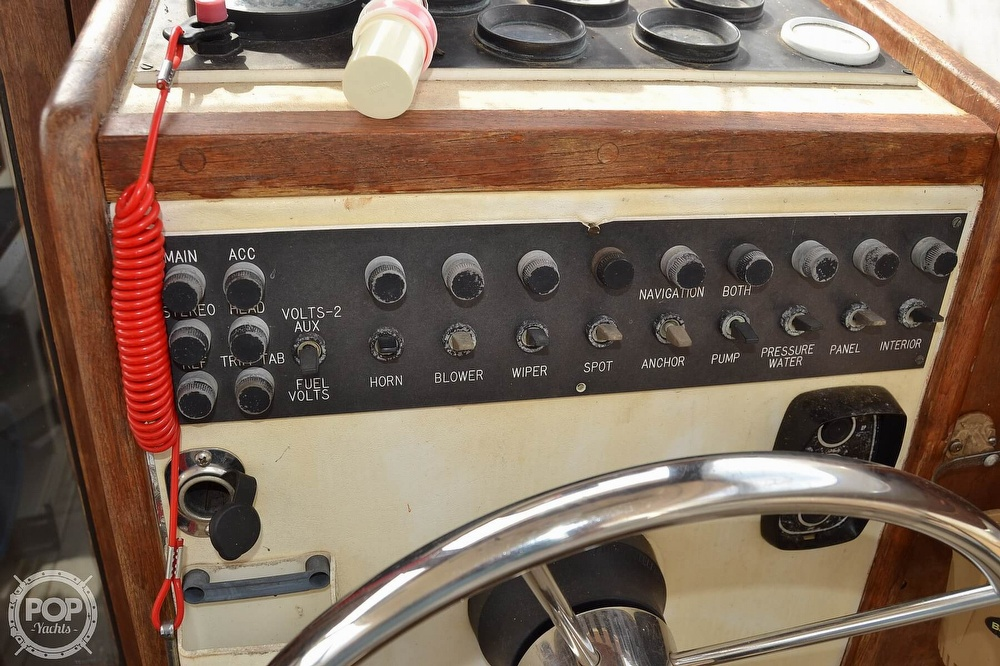 1978 Carver boat for sale, model of the boat is 2546 & Image # 16 of 40