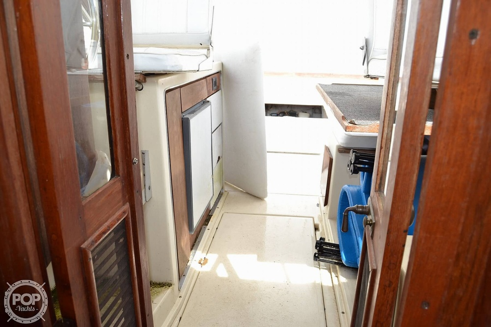 1978 Carver boat for sale, model of the boat is 2546 & Image # 36 of 40