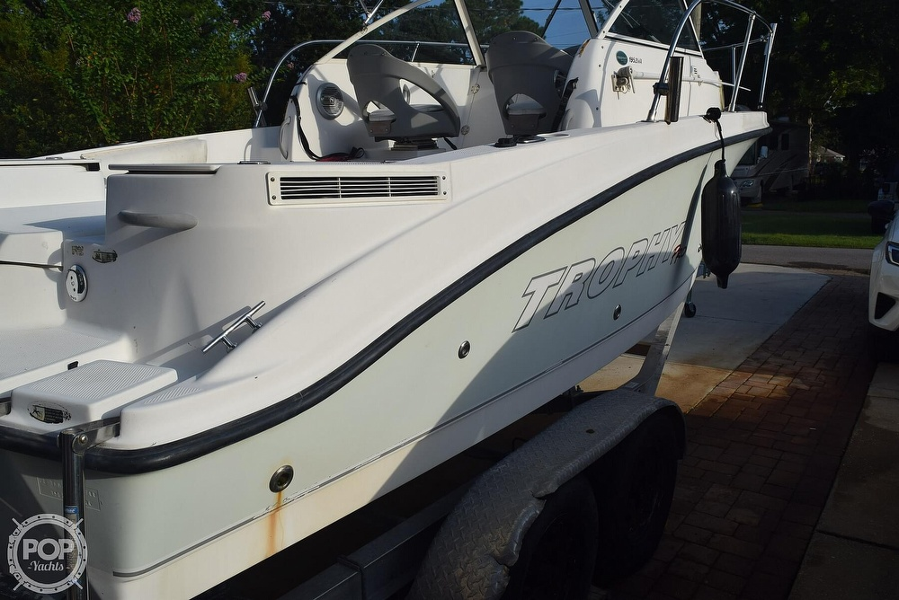 2008 Trophy boat for sale, model of the boat is Pro 1952WA & Image # 5 of 40