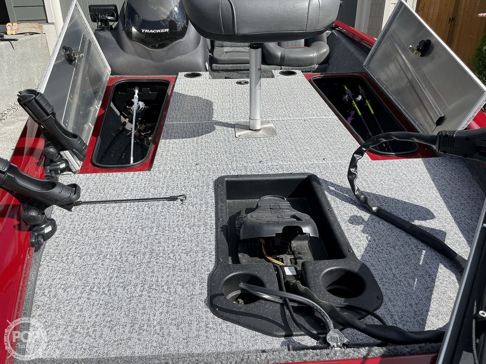 2021 Tracker Boats boat for sale, model of the boat is Pro Team 175 TXW TE & Image # 27 of 40