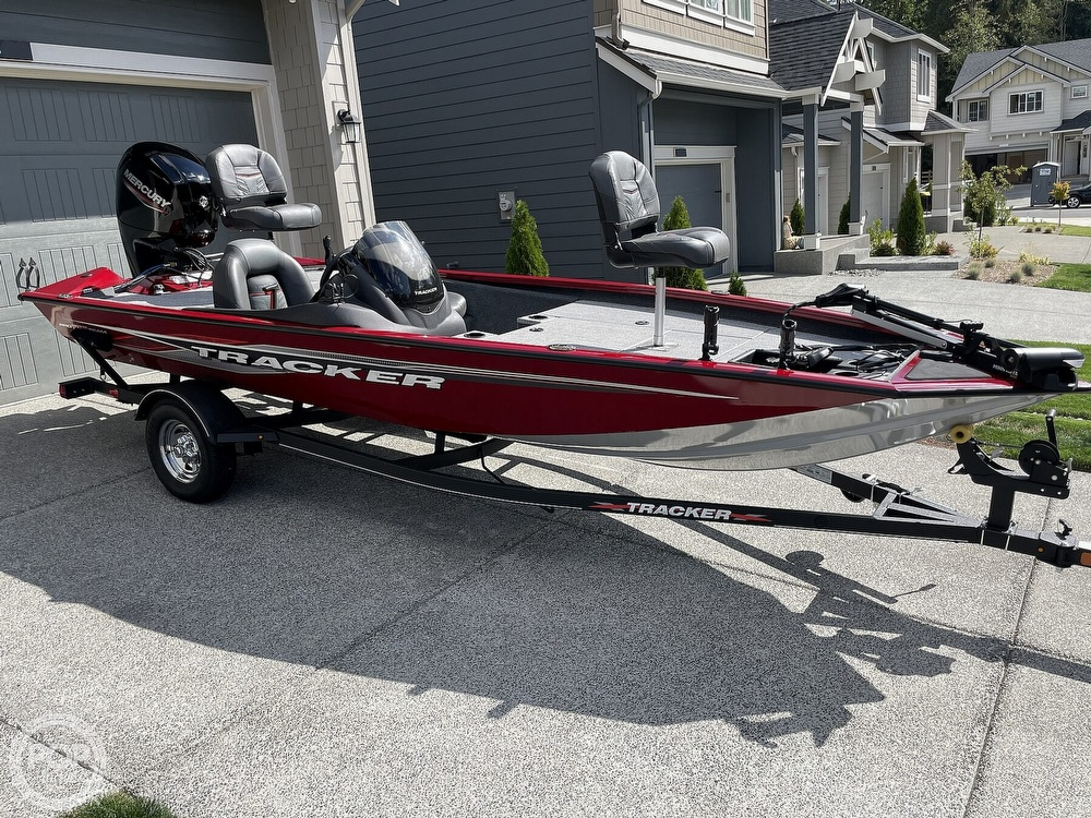 2021 Tracker Boats boat for sale, model of the boat is Pro Team 175 TXW TE & Image # 2 of 40