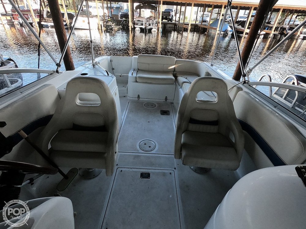 1999 Chris Craft boat for sale, model of the boat is 260 Sport Deck & Image # 3 of 40