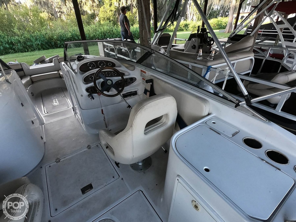 1999 Chris Craft boat for sale, model of the boat is 260 Sport Deck & Image # 4 of 40