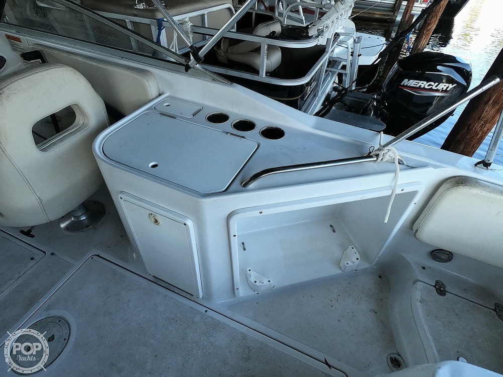 1999 Chris Craft boat for sale, model of the boat is 260 Sport Deck & Image # 5 of 40