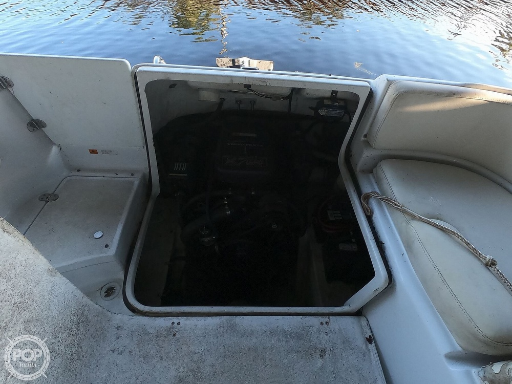 1999 Chris Craft boat for sale, model of the boat is 260 Sport Deck & Image # 17 of 40