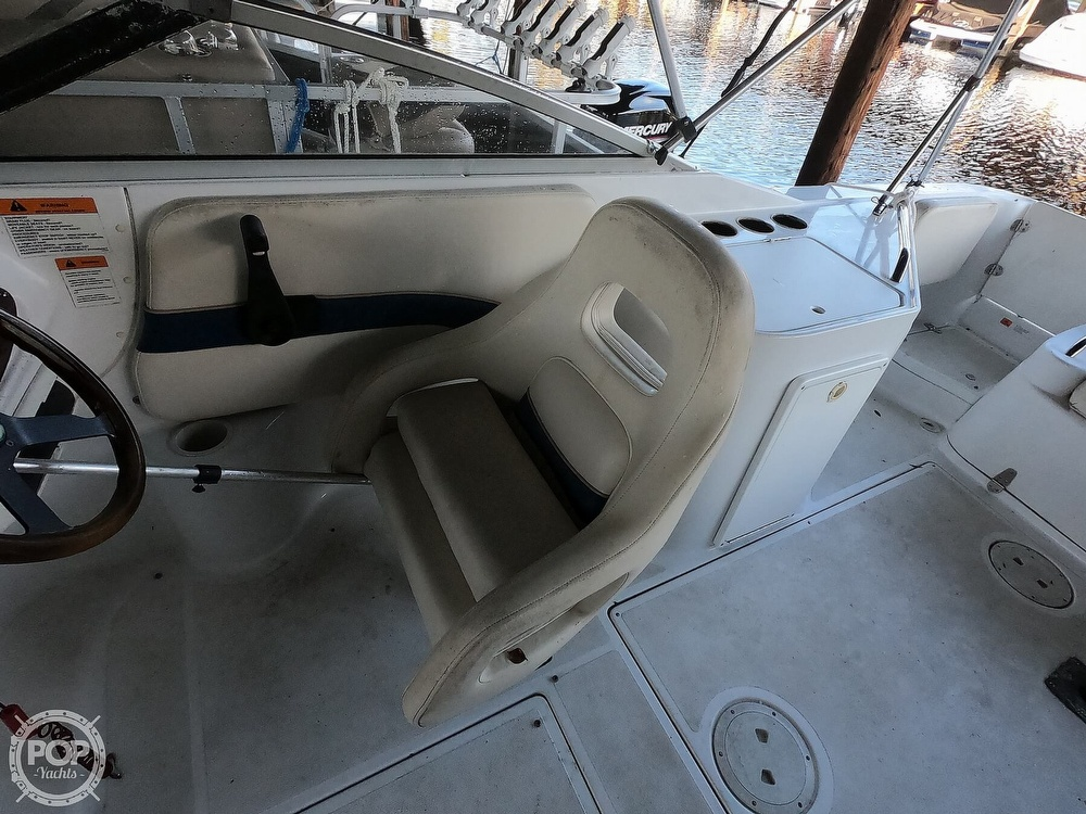 1999 Chris Craft boat for sale, model of the boat is 260 Sport Deck & Image # 33 of 40