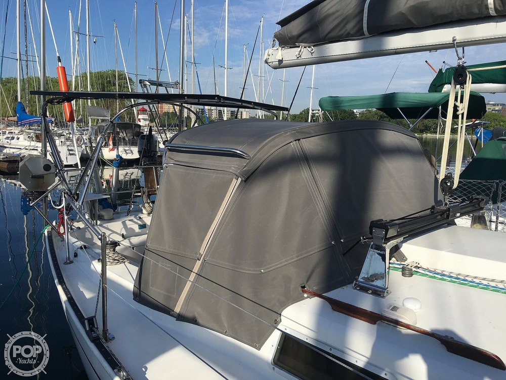 1981 Niagara boat for sale, model of the boat is 35 & Image # 12 of 38