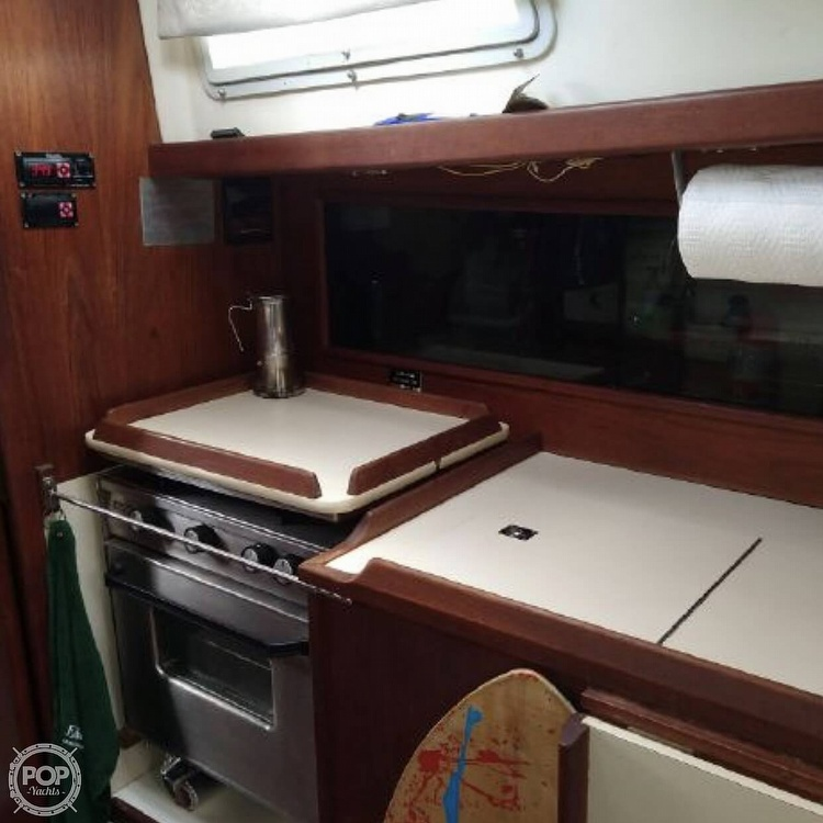1981 Niagara boat for sale, model of the boat is 35 & Image # 15 of 38