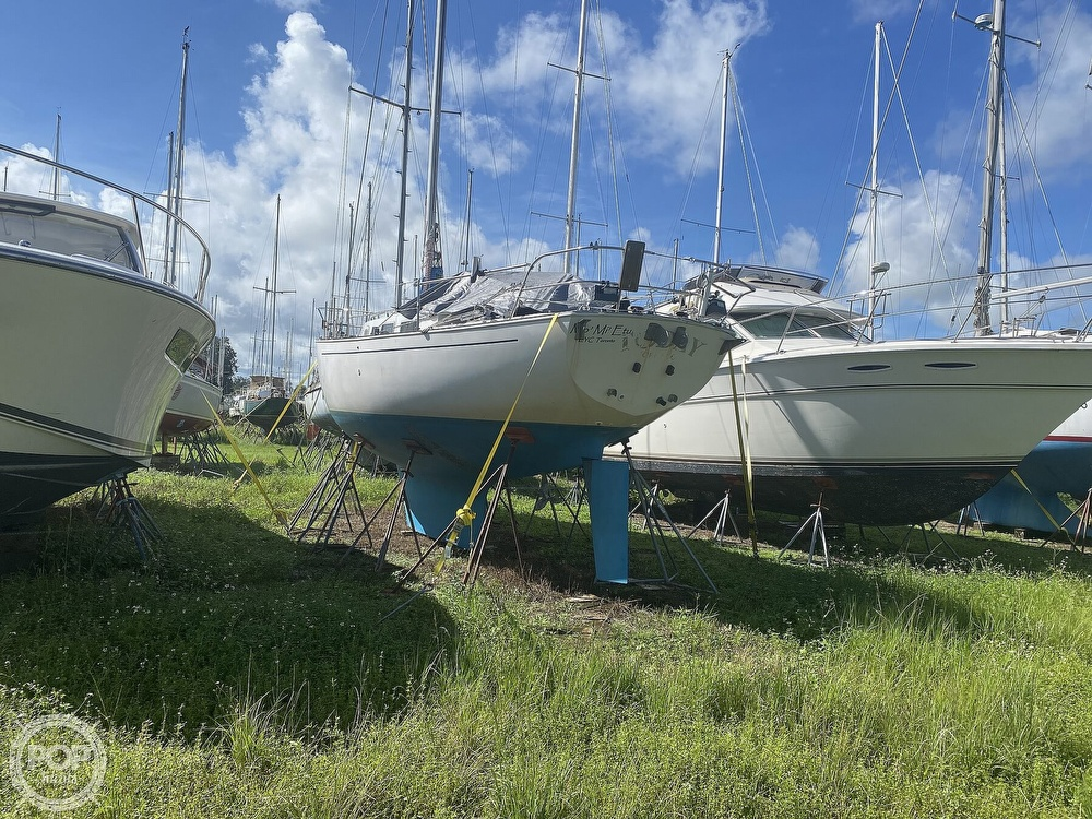 1981 Niagara boat for sale, model of the boat is 35 & Image # 37 of 38