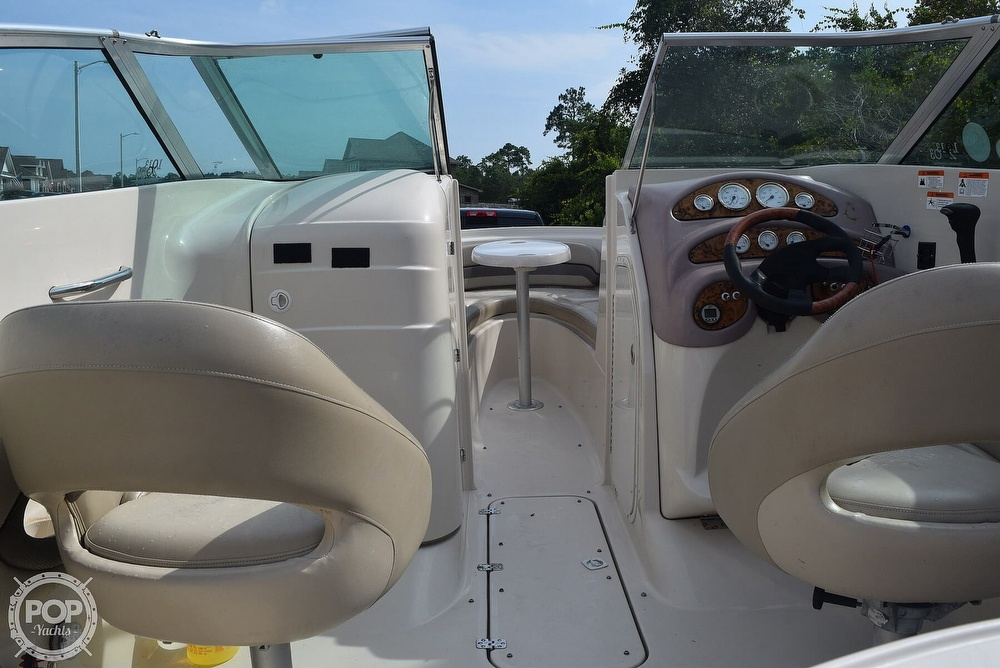 2003 Larson boat for sale, model of the boat is 270 LXI BR & Image # 3 of 40