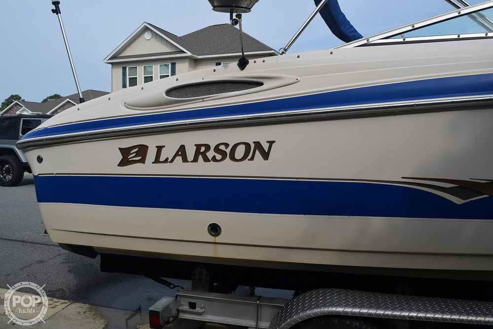 2003 Larson boat for sale, model of the boat is 270 LXI BR & Image # 10 of 40