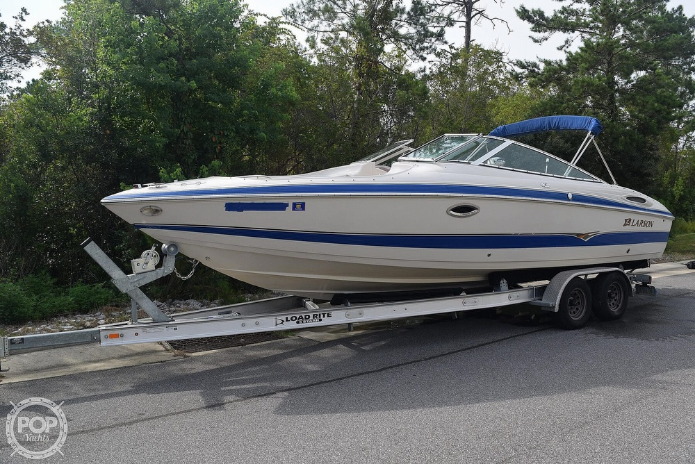 2003 Larson boat for sale, model of the boat is 270 LXI BR & Image # 14 of 40