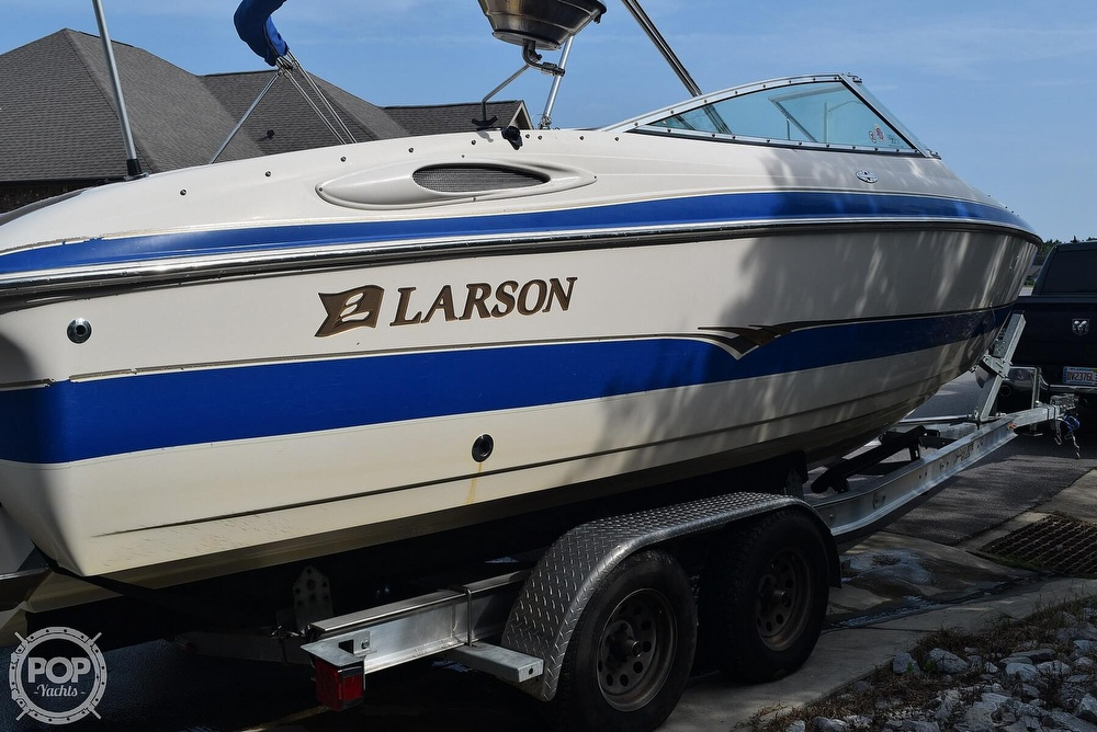 2003 Larson boat for sale, model of the boat is 270 LXI BR & Image # 2 of 40