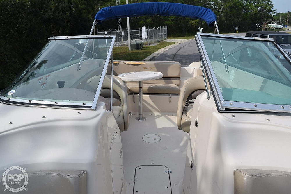 2003 Larson boat for sale, model of the boat is 270 LXI BR & Image # 4 of 40