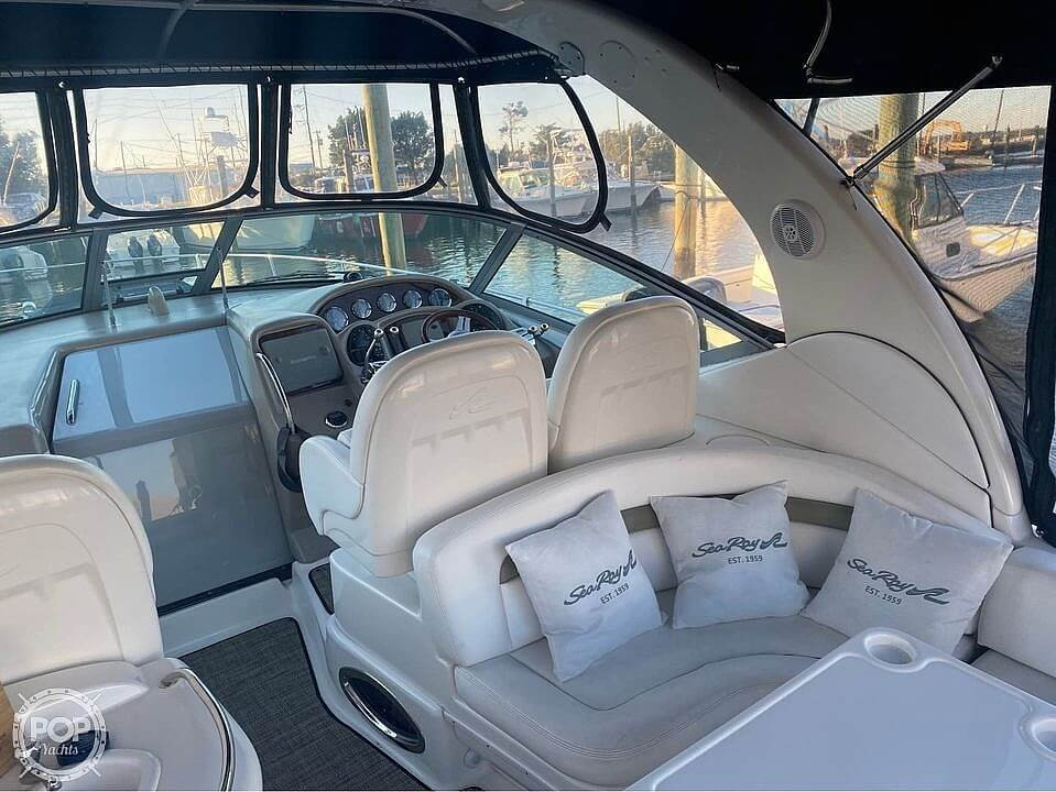 2006 Sea Ray boat for sale, model of the boat is 340 Sundancer & Image # 10 of 40