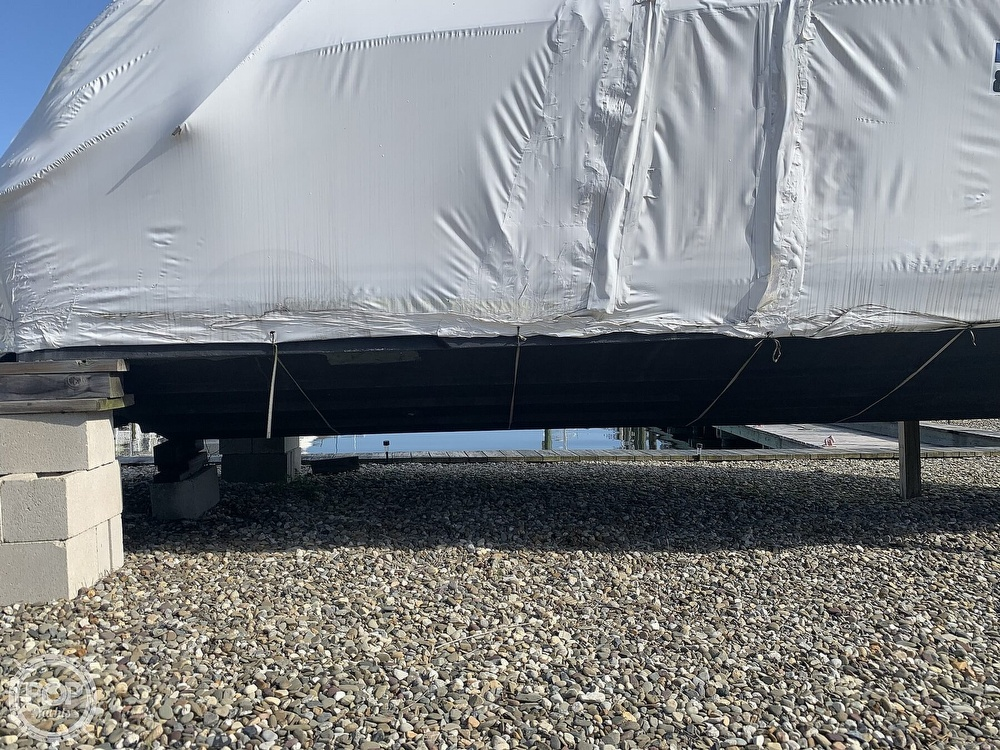 2003 Sea Ray boat for sale, model of the boat is 260 Sundancer & Image # 16 of 40