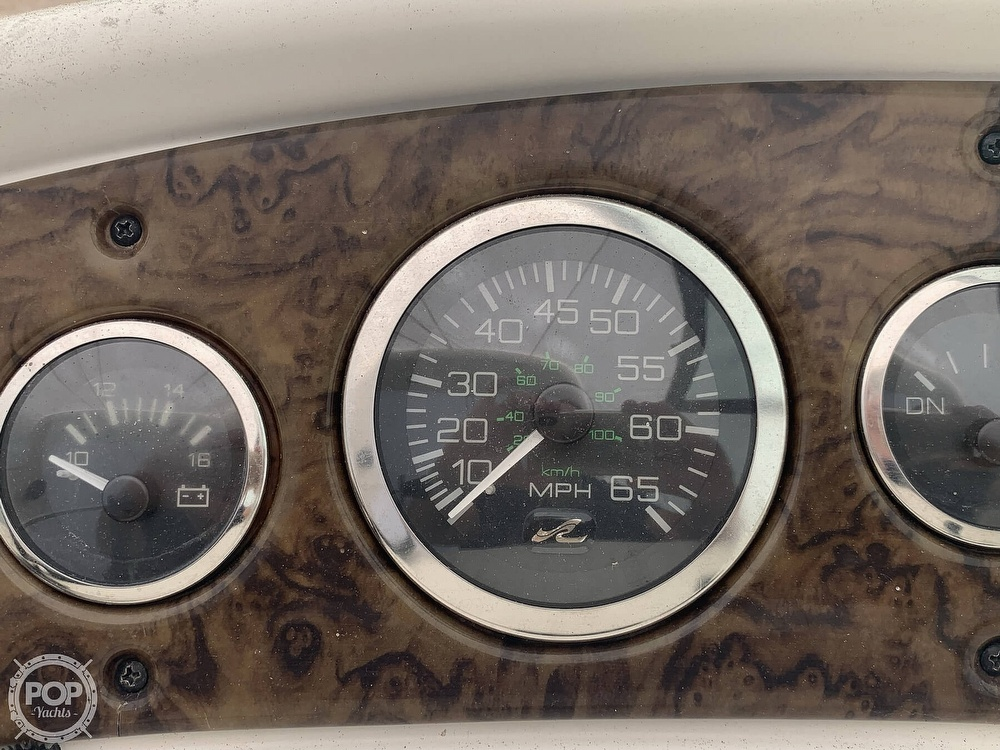2003 Sea Ray boat for sale, model of the boat is 260 Sundancer & Image # 38 of 40