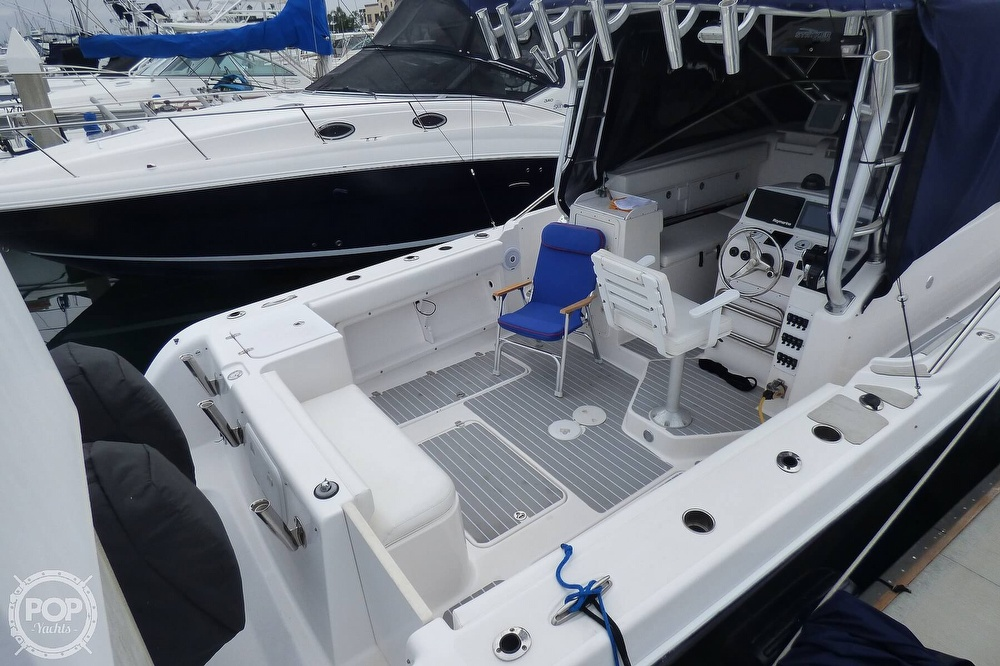 2005 Pro-Line boat for sale, model of the boat is 31 Express & Image # 13 of 40