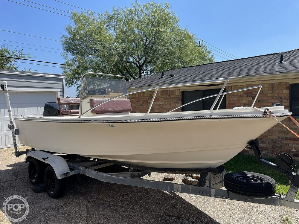 1977 Robalo boat for sale, model of the boat is 19 & Image # 2 of 40