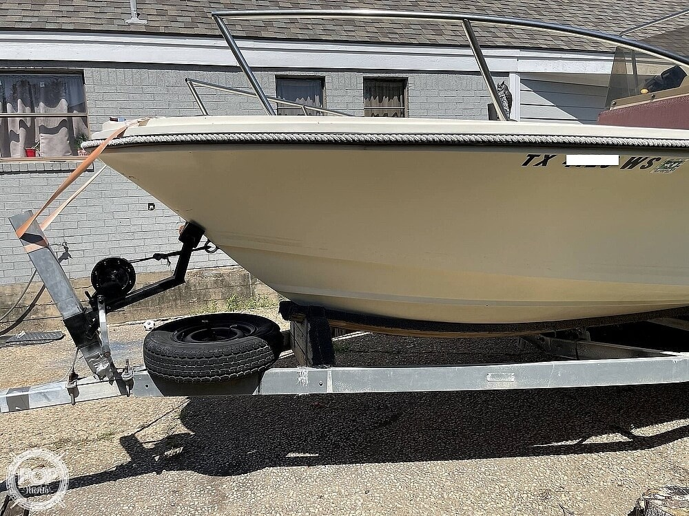 1977 Robalo boat for sale, model of the boat is 190 & Image # 13 of 40