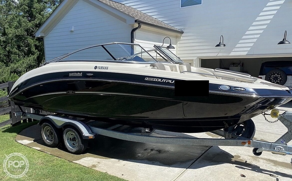 2014 Yamaha boat for sale, model of the boat is 242 Limited & Image # 8 of 40