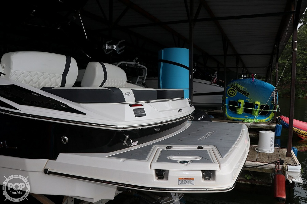 2019 Regal boat for sale, model of the boat is 2500 BR & Image # 21 of 40