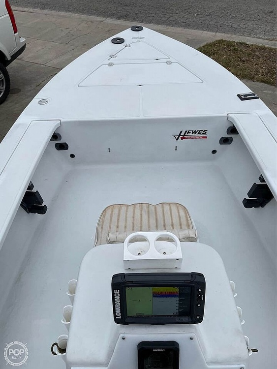 1995 Hewes boat for sale, model of the boat is 19 Redfisher & Image # 5 of 32