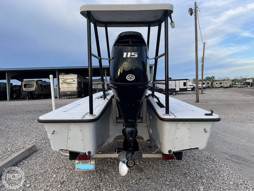 1995 Hewes boat for sale, model of the boat is 19 Redfisher & Image # 18 of 32