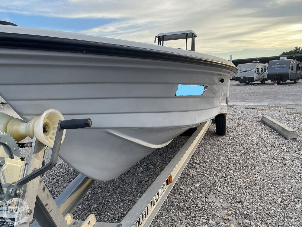 1995 Hewes boat for sale, model of the boat is 19 Redfisher & Image # 22 of 32