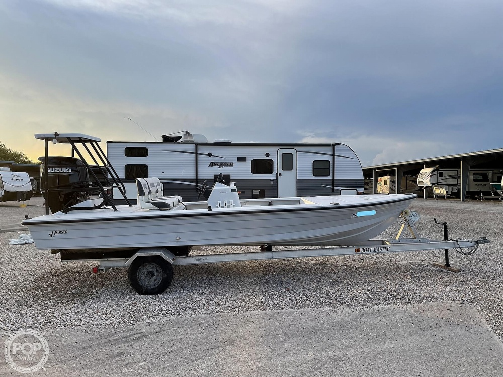 1995 Hewes boat for sale, model of the boat is 19 Redfisher & Image # 25 of 32