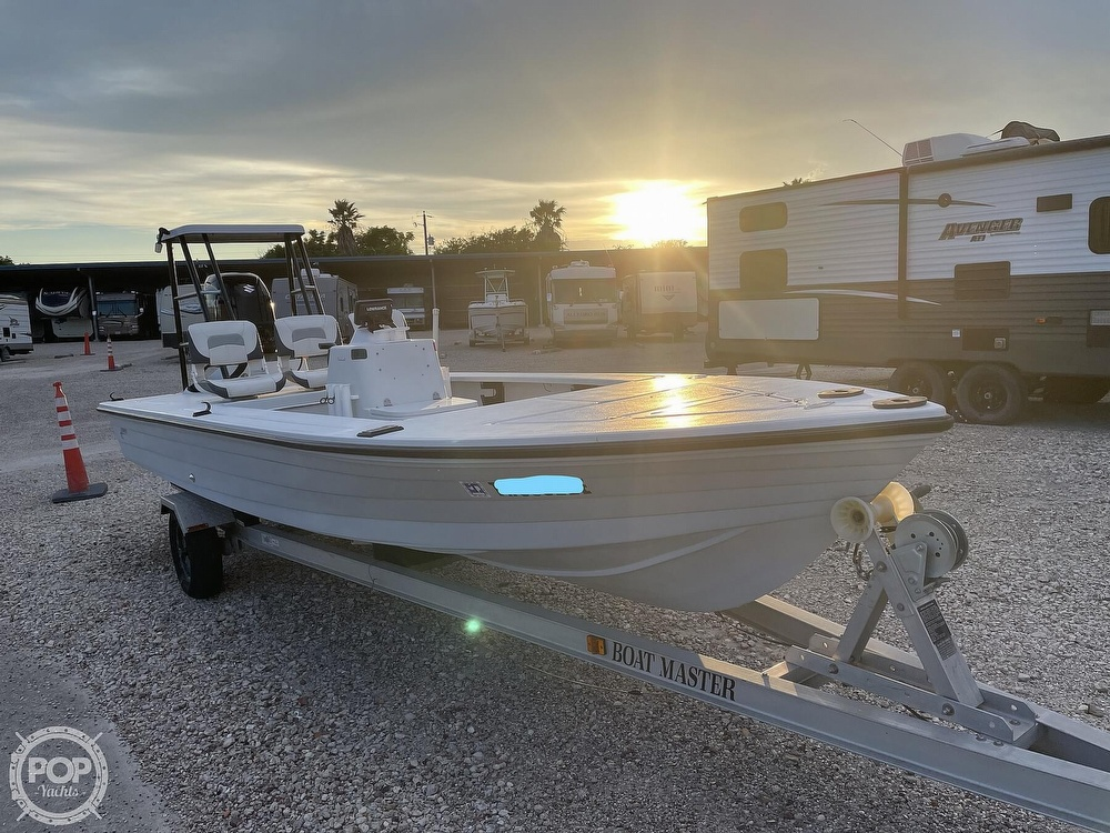 1995 Hewes boat for sale, model of the boat is 19 Redfisher & Image # 30 of 32