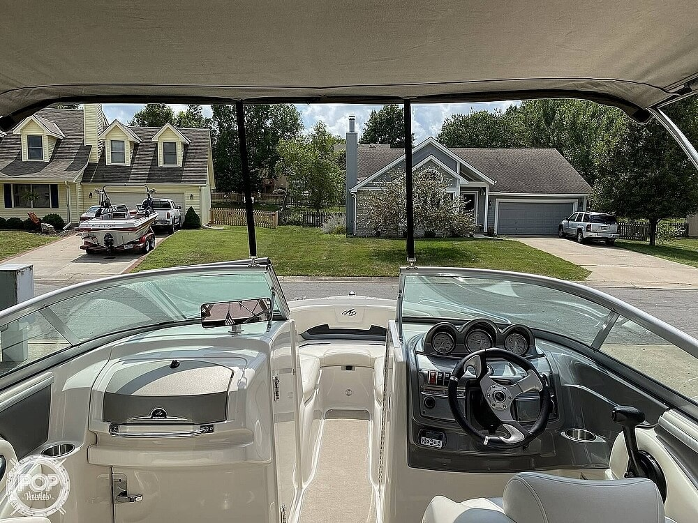 2010 Monterey boat for sale, model of the boat is 234FS & Image # 2 of 40