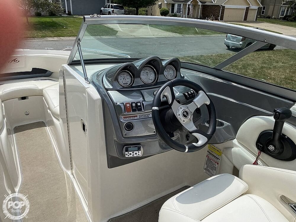 2010 Monterey boat for sale, model of the boat is 234FS & Image # 7 of 40
