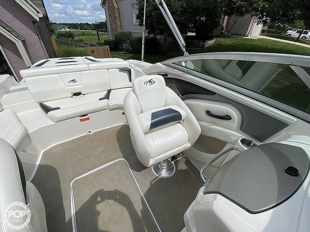 2010 Monterey boat for sale, model of the boat is 234FS & Image # 9 of 40