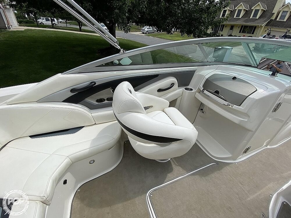 2010 Monterey boat for sale, model of the boat is 234FS & Image # 18 of 40
