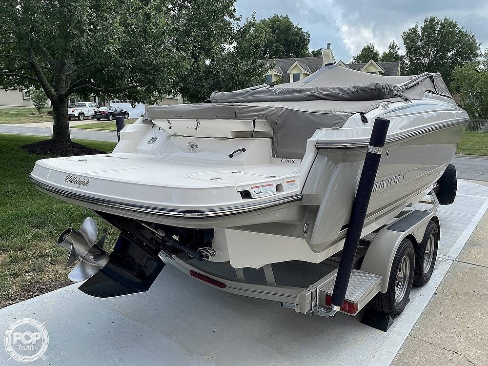 2010 Monterey boat for sale, model of the boat is 234FS & Image # 28 of 40