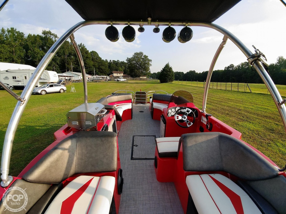 2018 Caravelle boat for sale, model of the boat is 258PF Razor & Image # 16 of 40