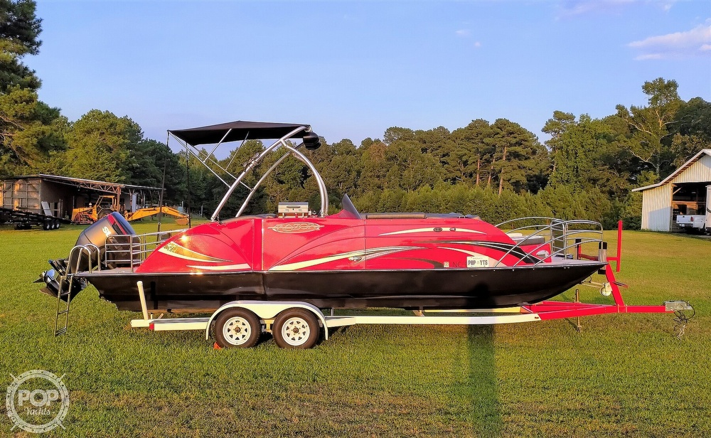 2018 Caravelle boat for sale, model of the boat is 258PF Razor & Image # 12 of 40