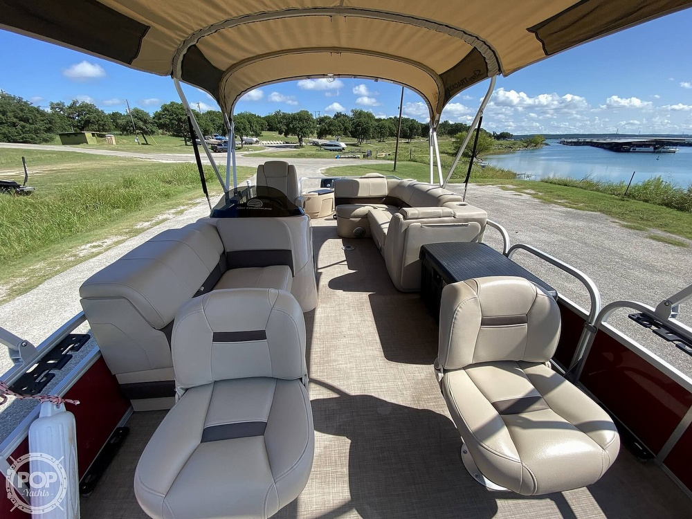 2019 Tracker Boats boat for sale, model of the boat is 20 DLX & Image # 13 of 40