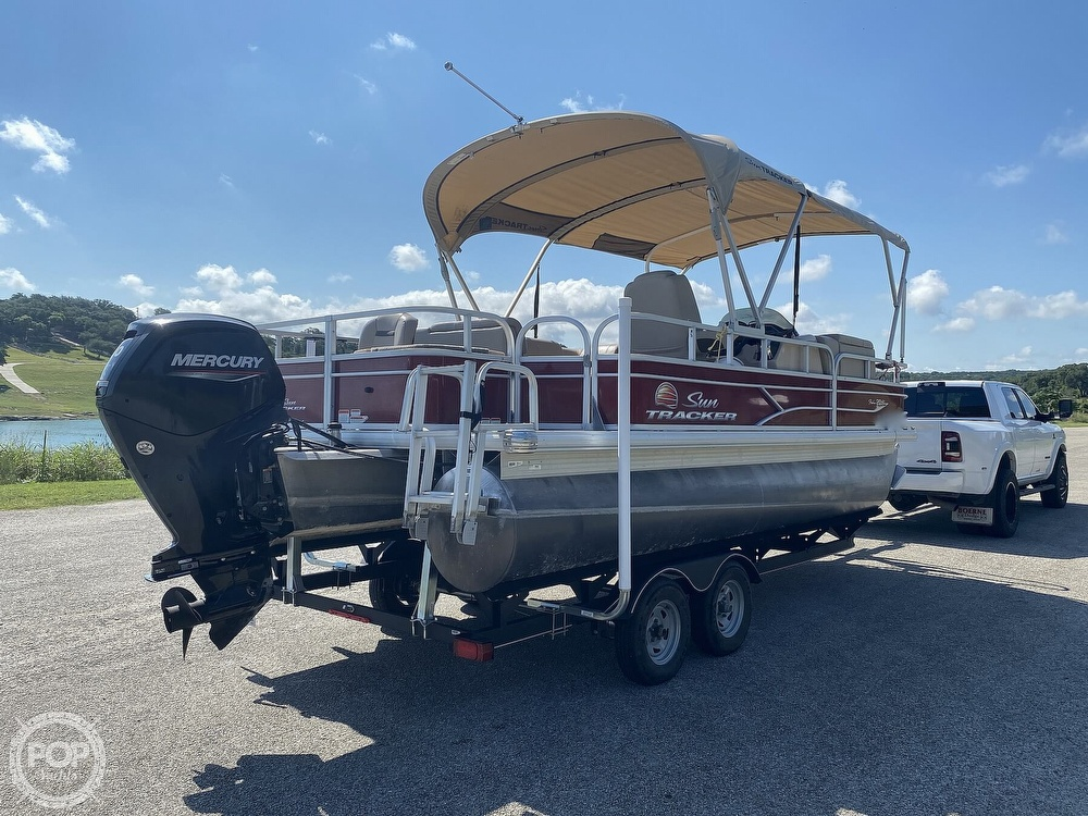 2019 Tracker Boats boat for sale, model of the boat is 20 DLX & Image # 10 of 40