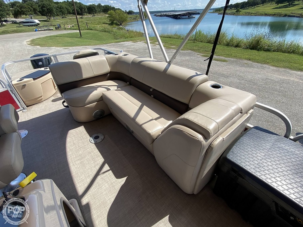 2019 Tracker Boats boat for sale, model of the boat is 20 DLX & Image # 15 of 40