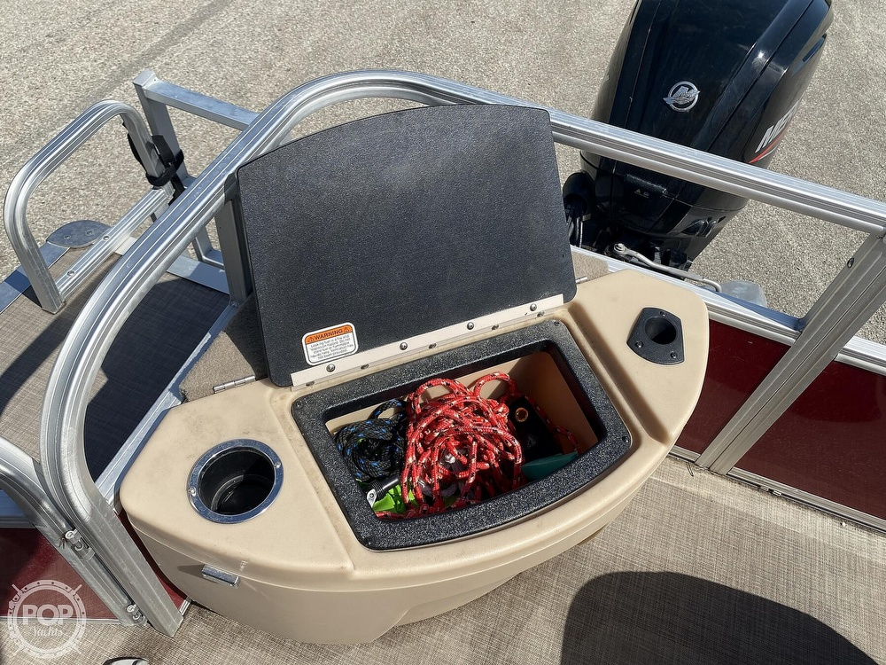 2019 Tracker Boats boat for sale, model of the boat is 20 DLX & Image # 19 of 40