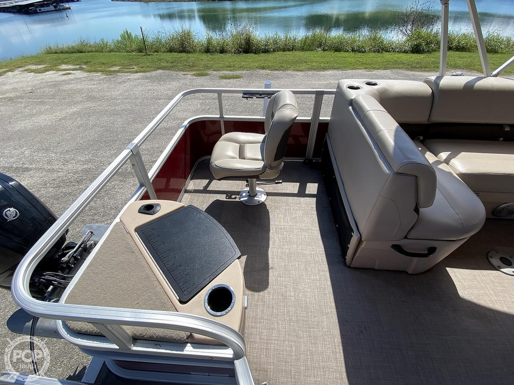 2019 Tracker Boats boat for sale, model of the boat is 20 DLX & Image # 20 of 40