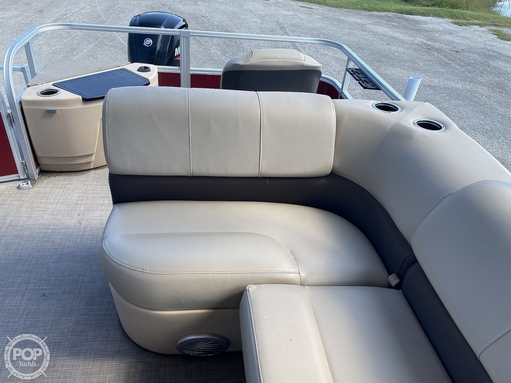 2019 Tracker Boats boat for sale, model of the boat is 20 DLX & Image # 29 of 40