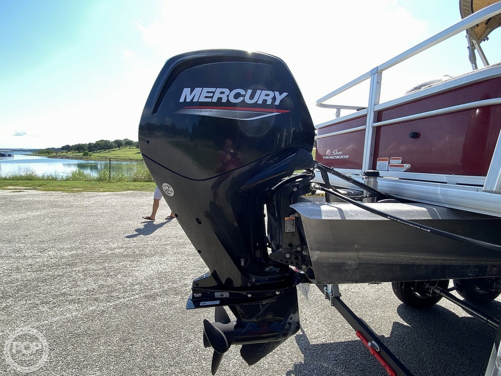 2019 Tracker Boats boat for sale, model of the boat is 20 DLX & Image # 7 of 40